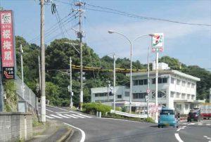 セブンイレブン_松浦警察署前店1