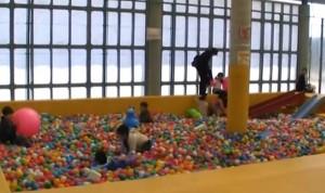 えぼしスポーツの里-ボールプール3