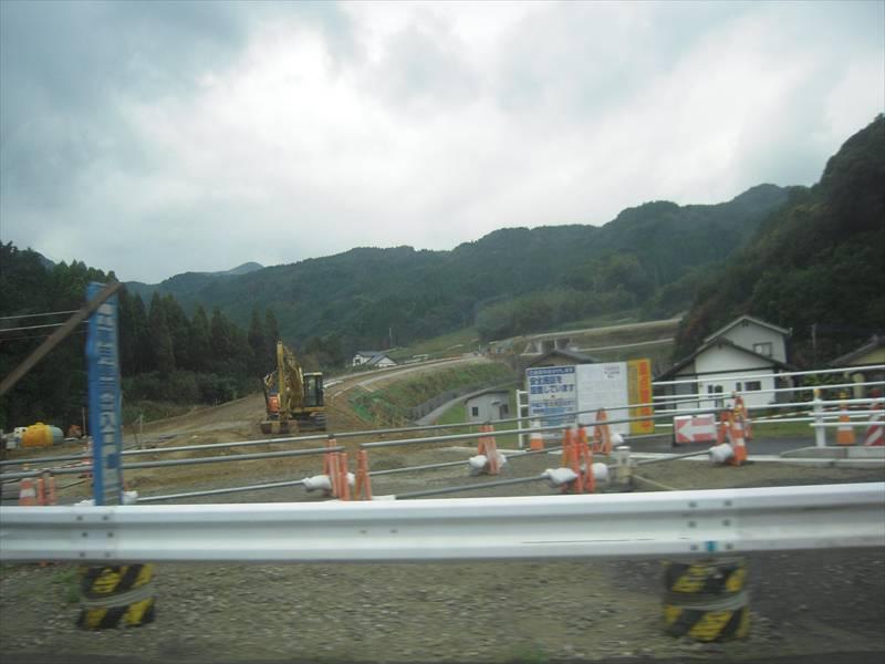 西九州自動車道の工事状況